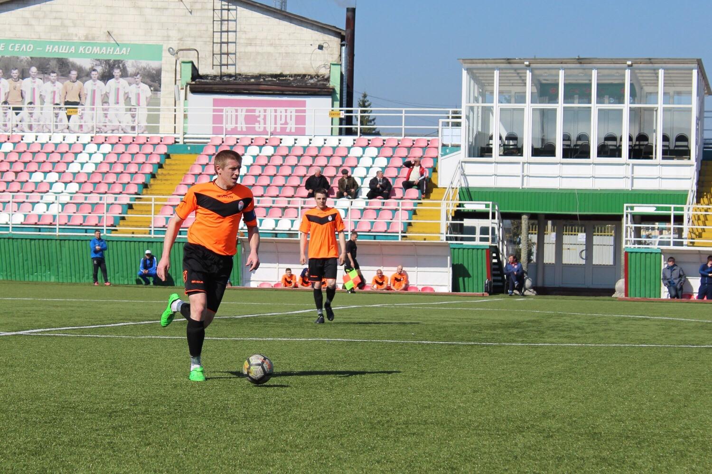 ЛНЗ-2 перемагає в третьому поспіль матчі чемпіонату області