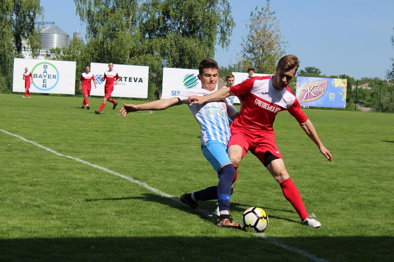 Районний ЛНЗ розгромно виграв перший чвертьфінал регіональної ліги