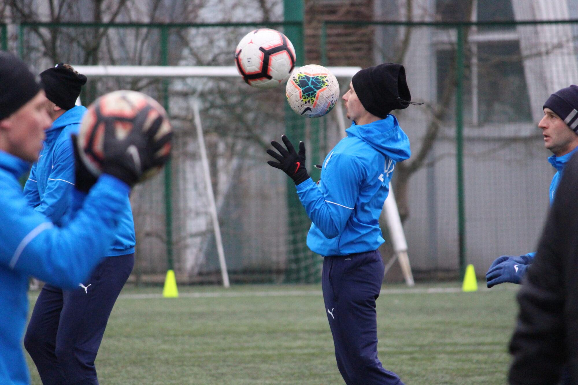 Тренування з м'ячами на ФОКу (ФОТО)